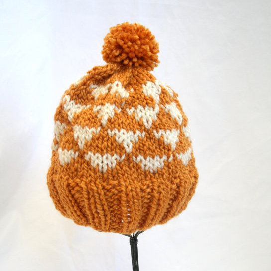 hand knit beanie-001.jpg