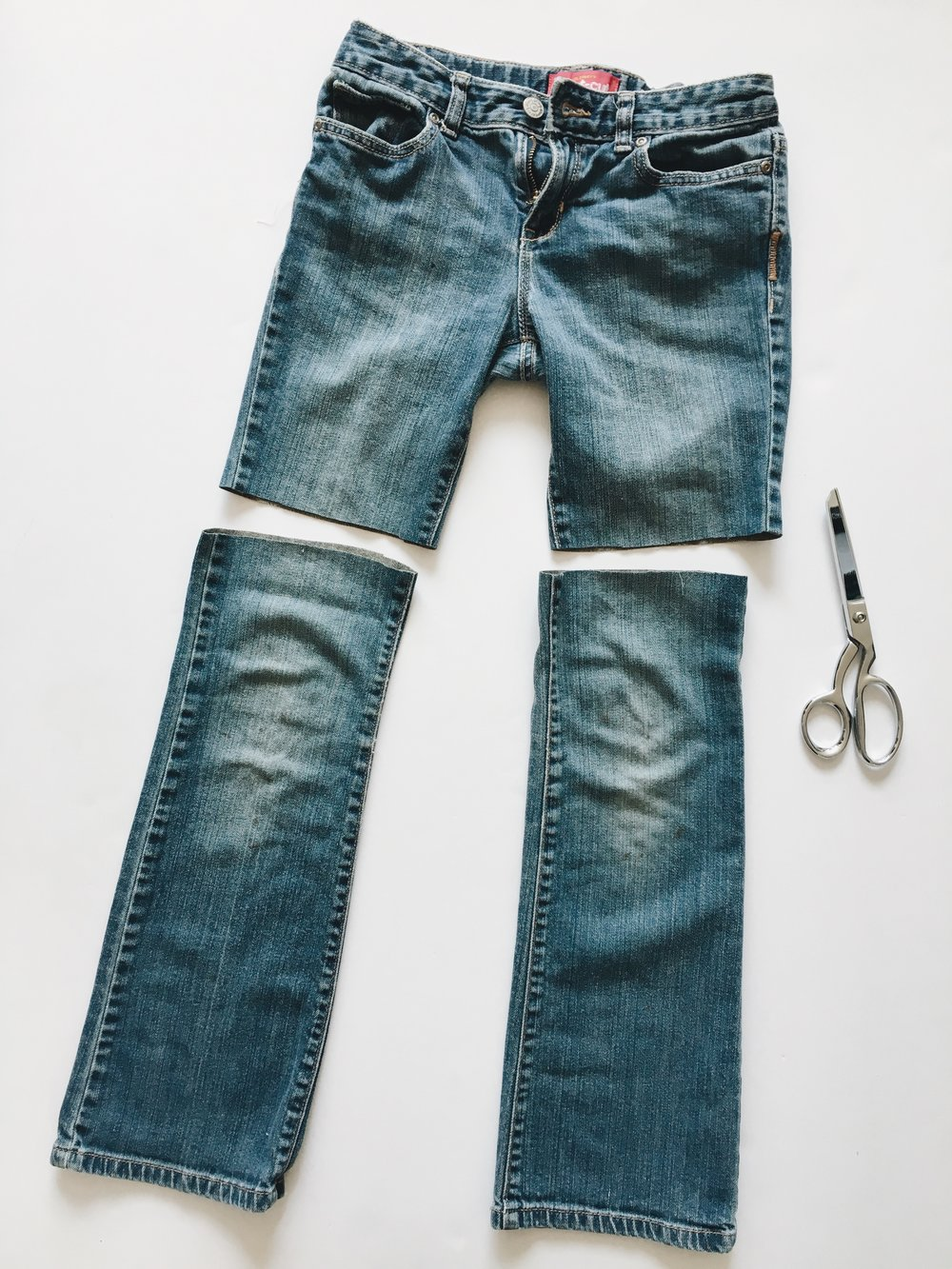 Easy jean cut-offs diy