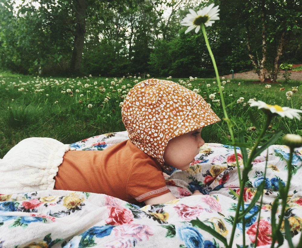 Baby bonnet for little adventurers by Blue Corduroy