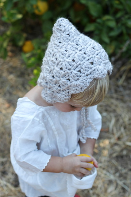 Baby Bonnet Crochet Pattern, by Bluecorduroy.com