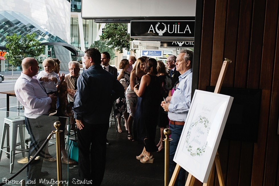 BRISBANE-WEDDING_AQUILA-Resturantphotographer_quincenmulberry_0017.jpg