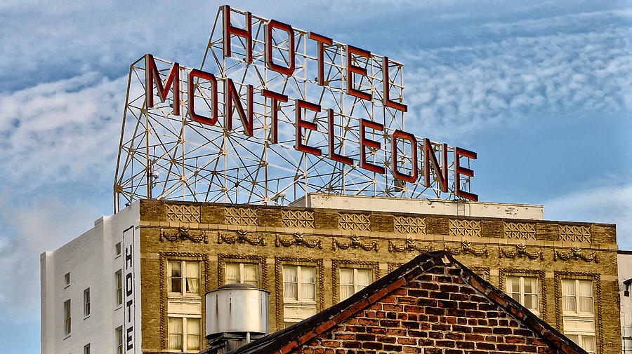 hotel-monteleone-front.jpg