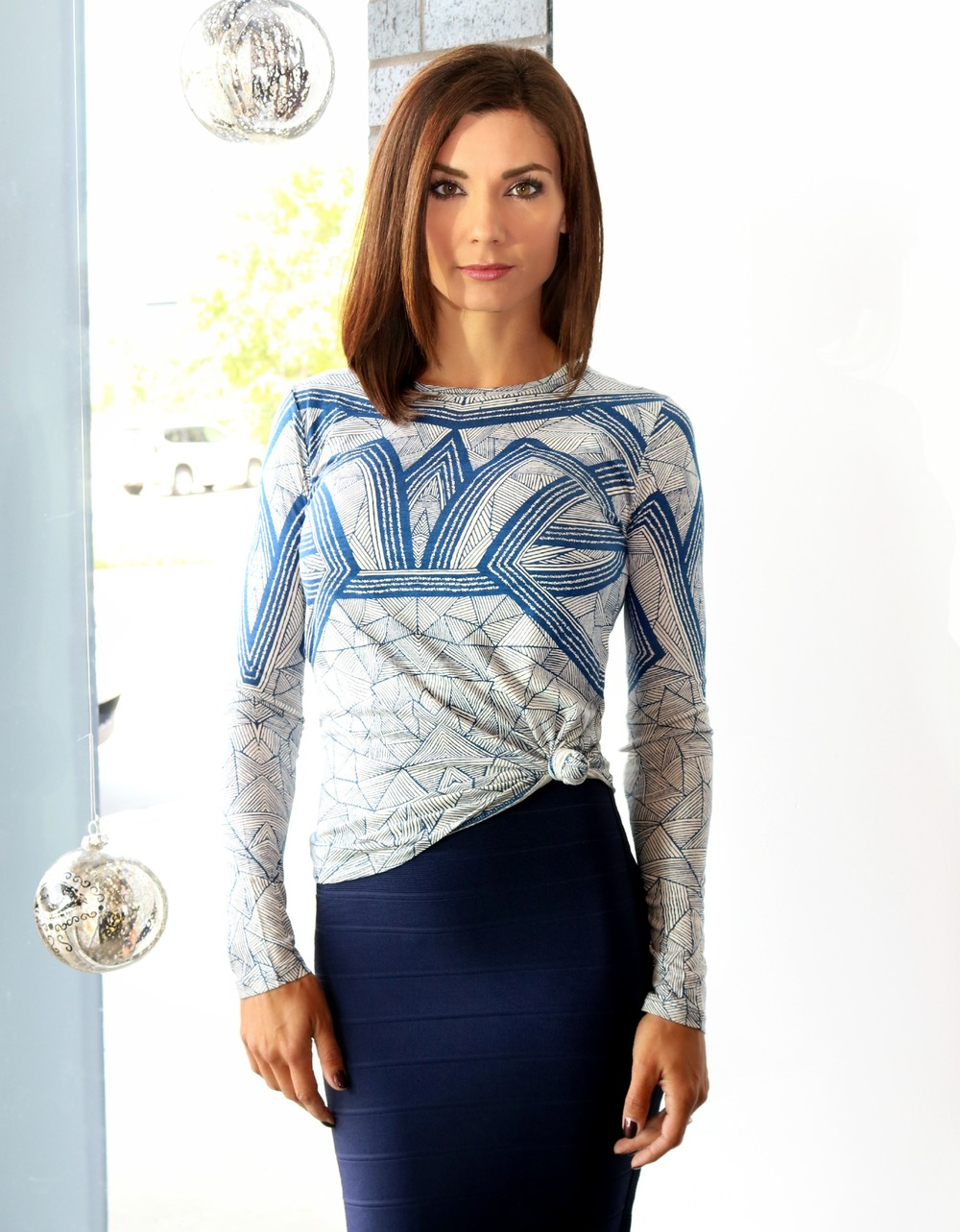 Hervé Leger Aron Arc Top Available Online & In Store ON SALE NOW!