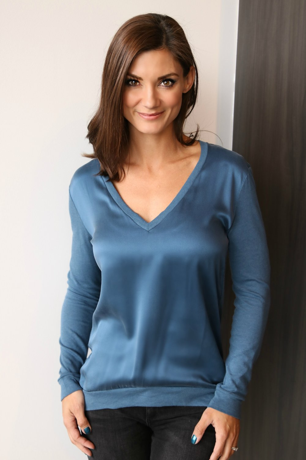 Silk Front, Cotton Cashmere Long Sleeve V neck in Ocean Blue