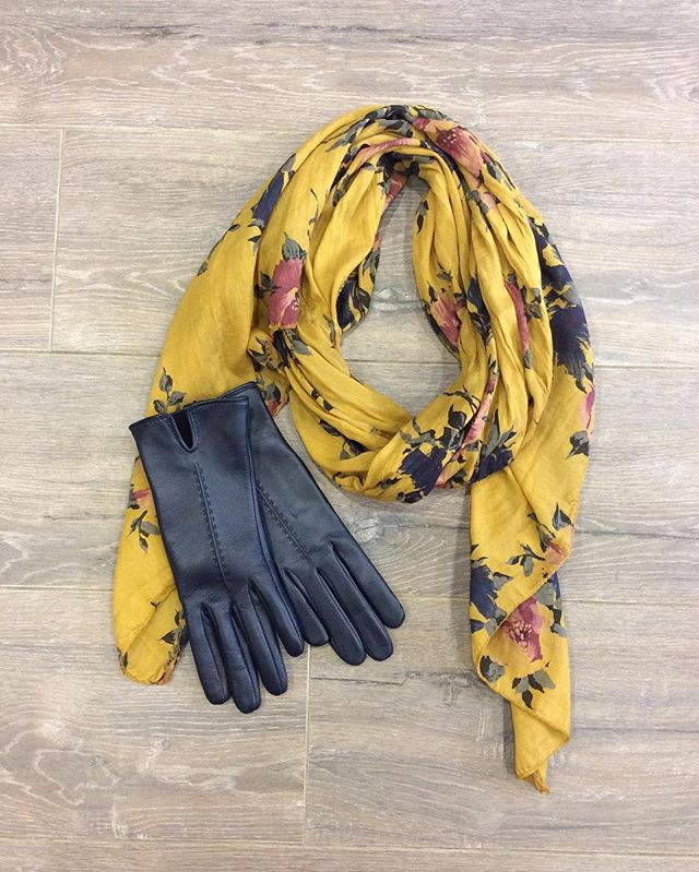 Gorgeous leather gloves and one of our lovely silk and cotton mix scarves ...