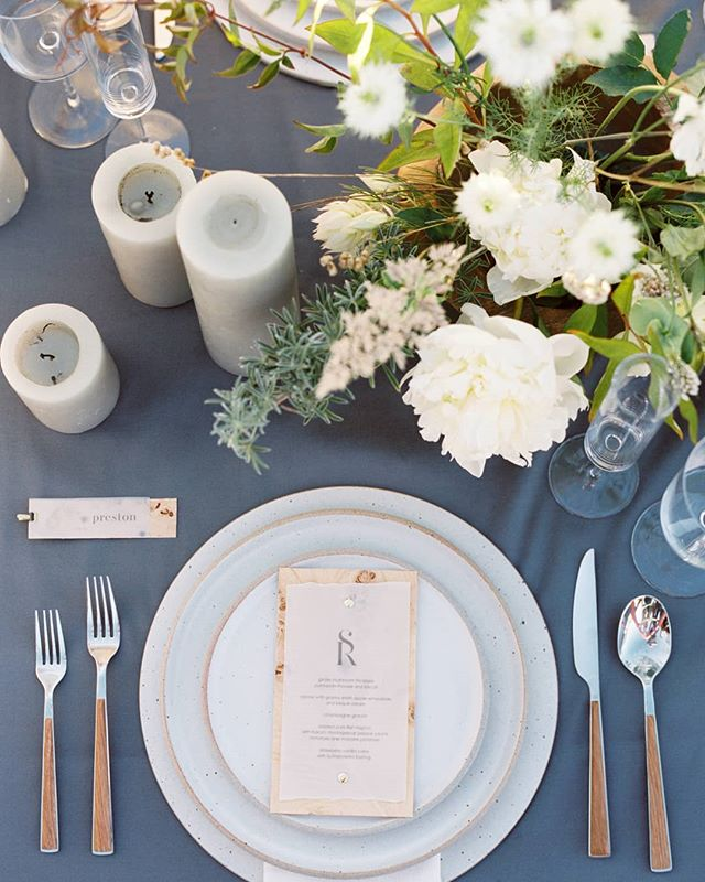 PLACECARD & MENU // Vellum paper and burl wood menus and placecards created for an event at Sea Ranch with Joy Proctor. Featured in Flutter Magazine. Photo by Amanda Wei.  CREATIVE TEAM //@amandaweiphoto @joyproctor @searanchlodge @bowsandarrowsflowers @theark_ @yonderdesign @nseventlife @fluttermag  TAGS // #yonderdesign #joyproctor #joyproctordesign #fluttermag #fluttermagazine #bowsandarrows #bowsandarrowsflowers #blueberryphotography #amandawphotography #fluttermagissue11 #tablescape #tabledesign #placecard  #placesetting #menu #menudesign #wedding #graphicdesign #monogram #burlwood #vellum #searanch #luxurywedding #seaside #clifftop #yonder #californiawedding