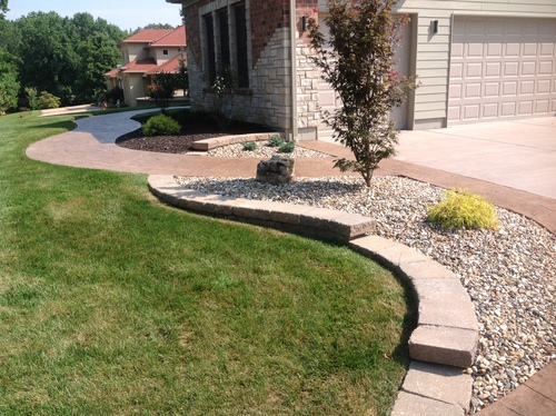Stone Edging & Landscaping