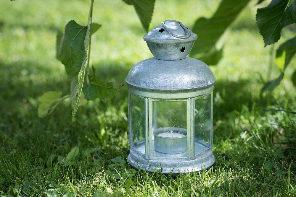 lantern-1419582_1280.jpg