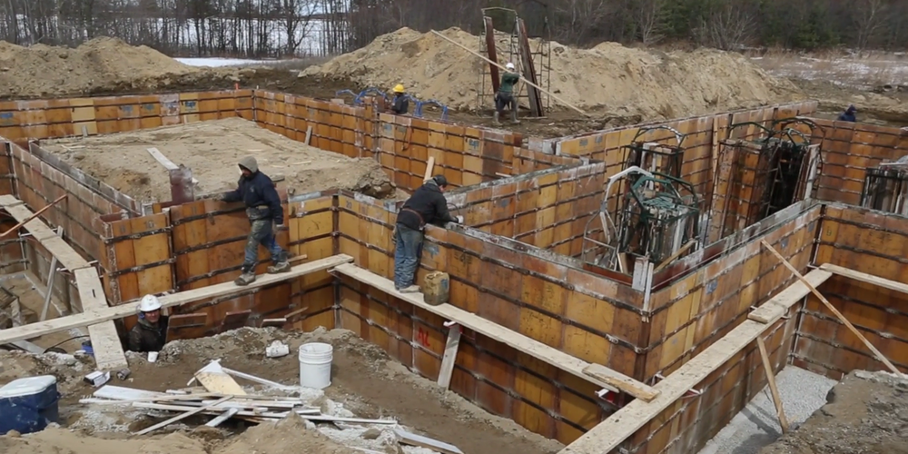 CONSTRUCTION The overriding objective of our design/build process is to ensure you get the home you've been expecting at a price you can depend upon.