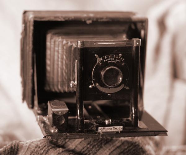 Seneca No. 5 view camera, ca. 1905