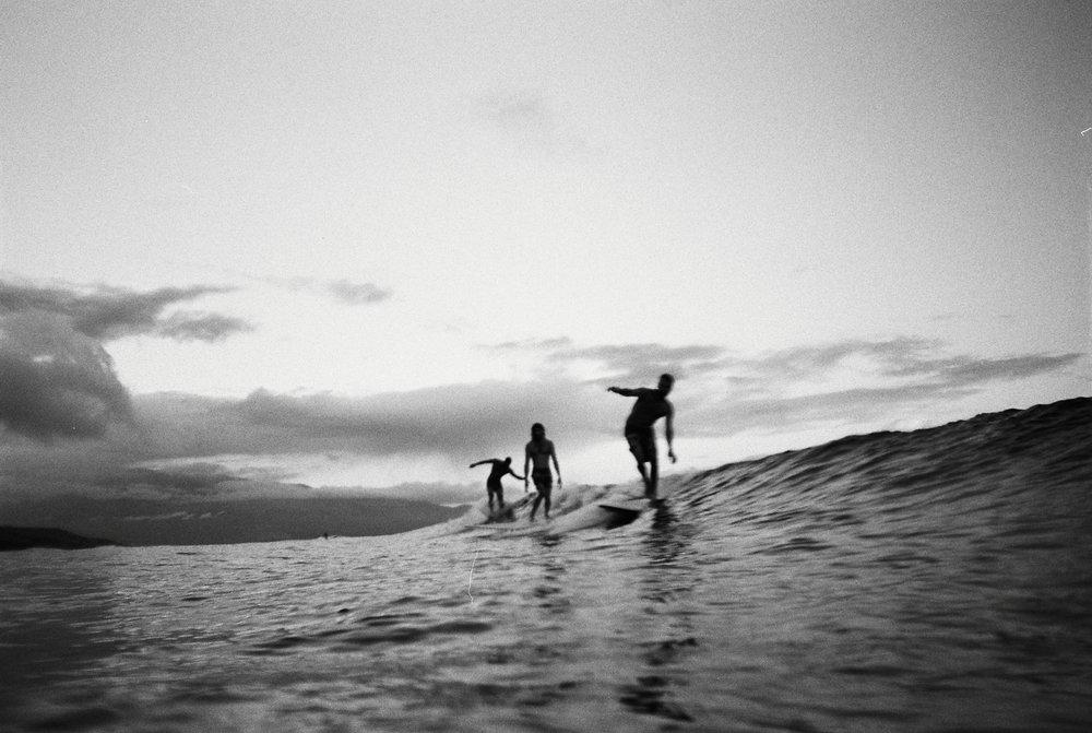 ADMWLKR_35mm_Maui2017_0walker_0walker-R9-E275.jpg