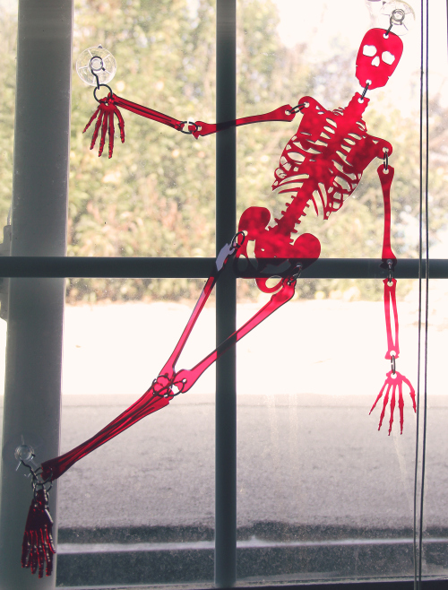 skeleton-red9.jpg
