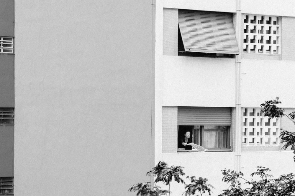 Manifestantes exibem bandeiras nas janelas no bairro da Bela Vesta em São Paulo. 13.03.2016.