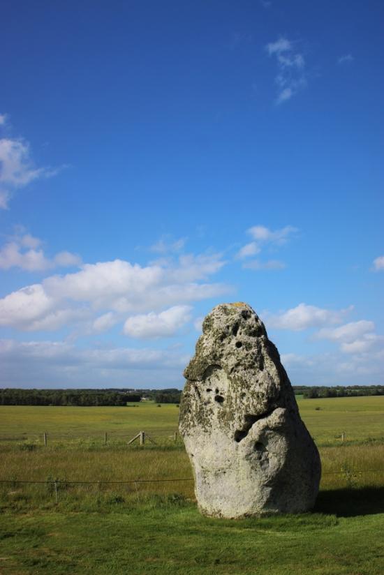 stonehenge heel stone