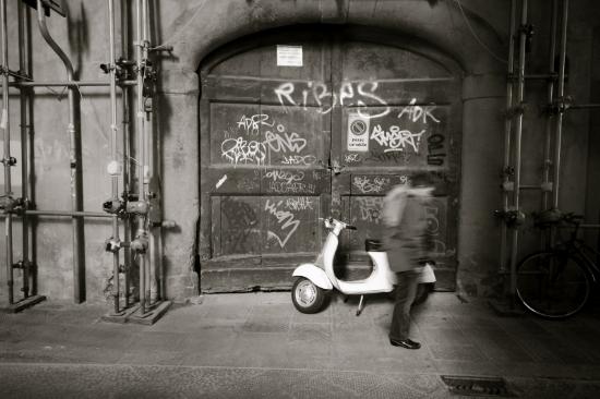 Italian street photography.