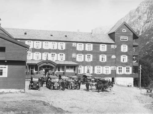 Stalheim Hotel in 1930.