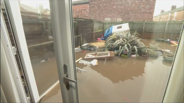 Screenshot: Lindsay's flooded house.