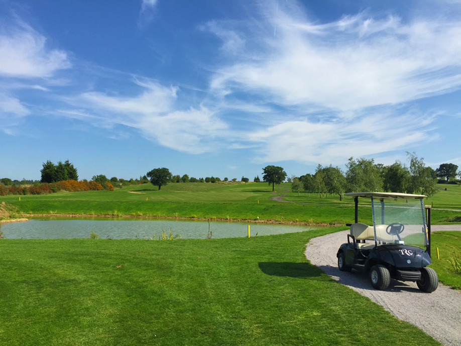 18th pond from clubhouse.