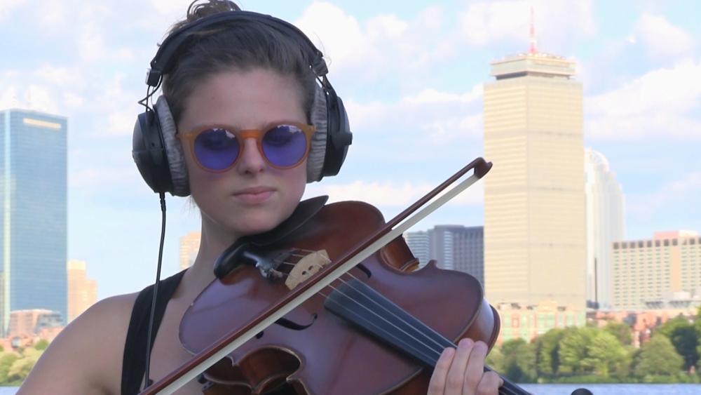Anna Stromer, viola