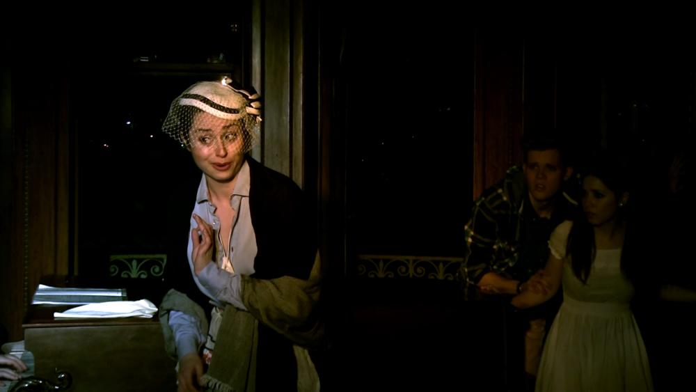 Sophie Delphis in 'Ami & Tami'