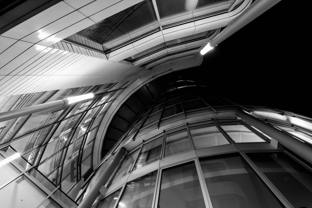architecture-3104866_1920.jpg