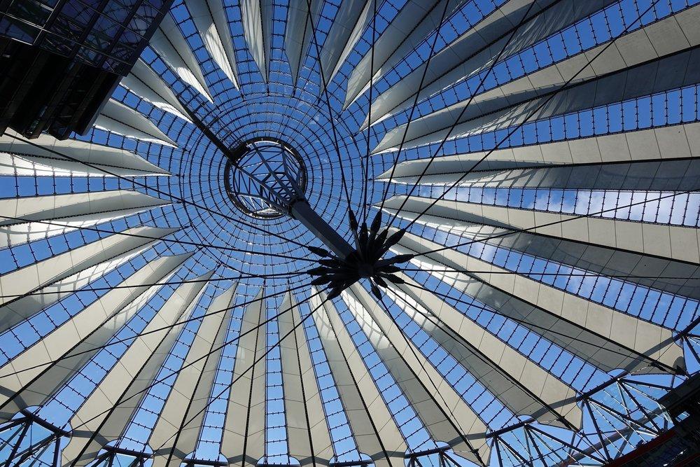 berlin-3157565_1920.jpg