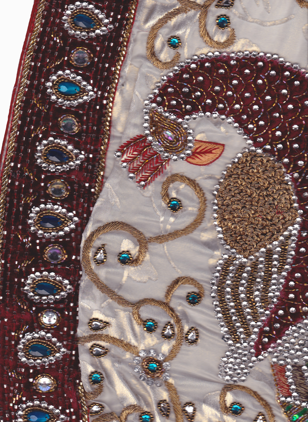 peacock sari border detail.jpg