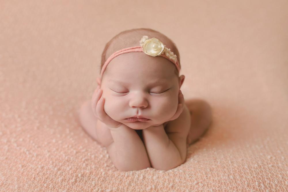 Molnar Newborn 2-22-16-4773.jpg
