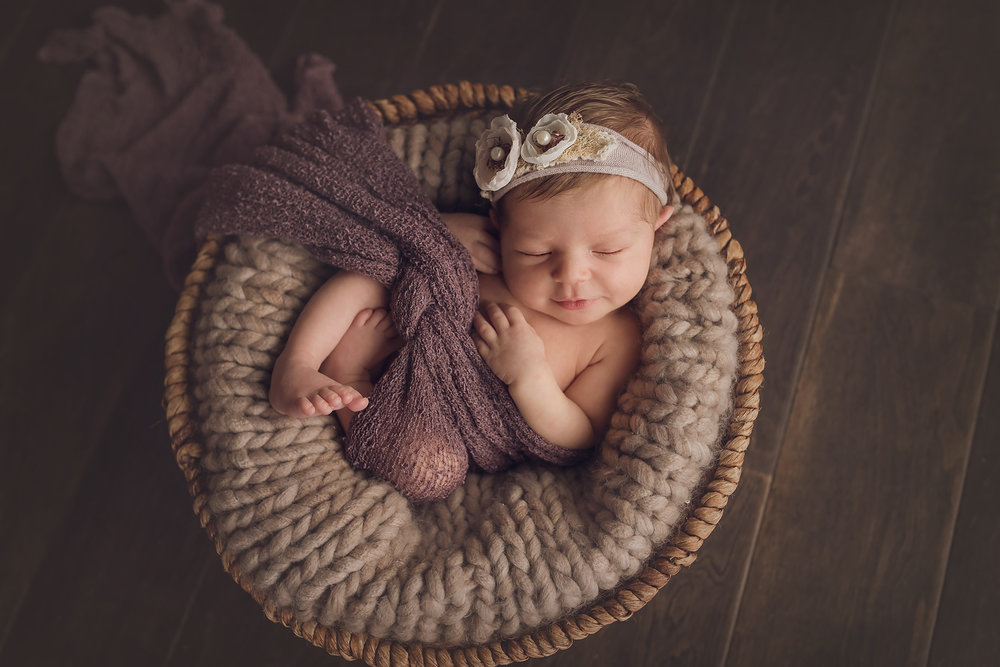 Jessica Fenfert Photography Baltimore Maryland Newborn Photographer Blog (15).jpg