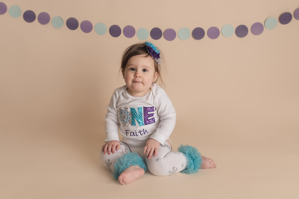 Jessica Fenfert Baltimore Maryland Baby Photographer one year winter birthday