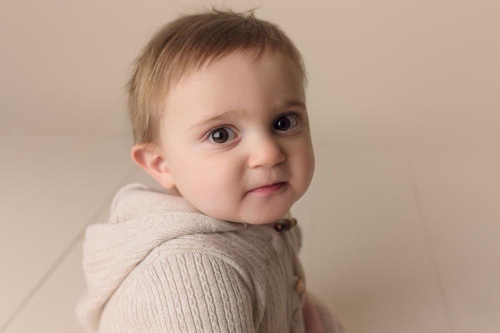 Jessica Fenfert Baltimore Maryland Newborn Baby Photographer 2017 9 month boy (1).jpg