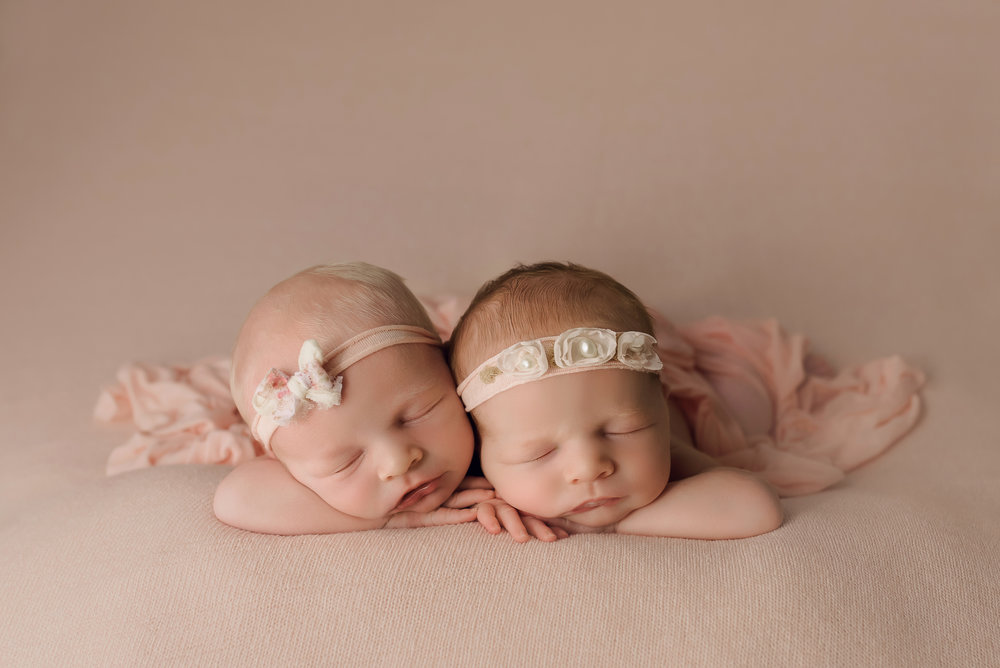 Baltimore maryland newborn photography twin girls pink
