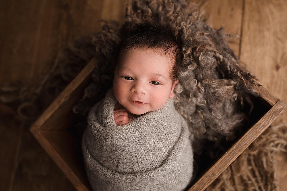 Baltimore Maryland Newborn Photographer Jessica Fenfert