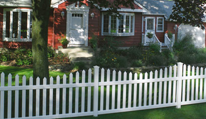 Danbury Concave Select Cedar Vinyl Picket Fence.jpg
