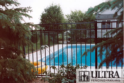 UAF-200 Residential Pool Fence