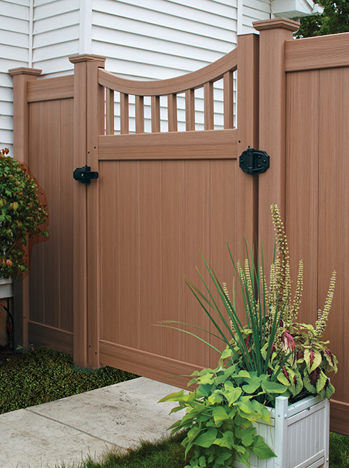 Chesterfield Concave Vinyl Privacy Gate