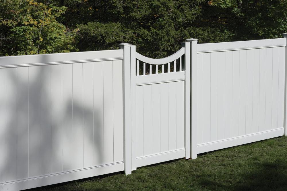 Concave Gate