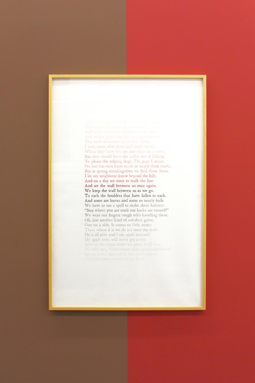 We keep the wall  , 2013    Lápiz  de color, papel / Coloured pencil, paper    150 x 100 cm