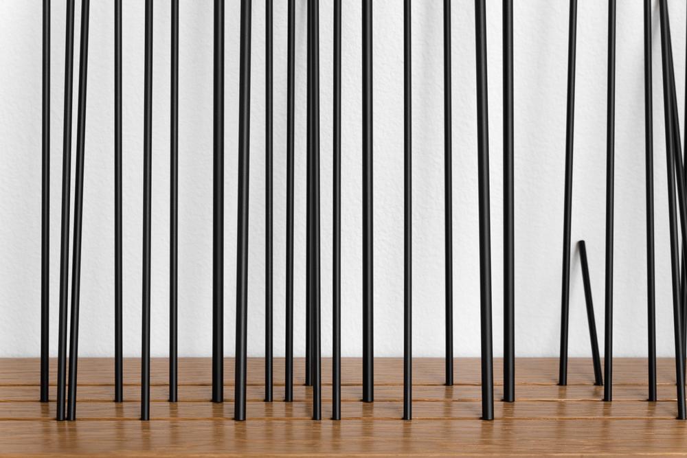 """Ahab  at the Helm (Ray Bradbury)    , 2015    Aluminio, pintura automotriz, madera / Aluminium, automotive paint, wood    53 piezas / 53 pieces    46 x 72 x 13 cm    *Cada tubo tiene la misma   longitud que las líneas que forman todas las letras de una línea del poema de Ray Bradbury """"Ahab at the Helm"""" / Each tube has the same length of the lines that constitute each one of the letters of a line of Ray Bradbury's poem """"Ahab at the Helm""""    Detalle / Detail"""