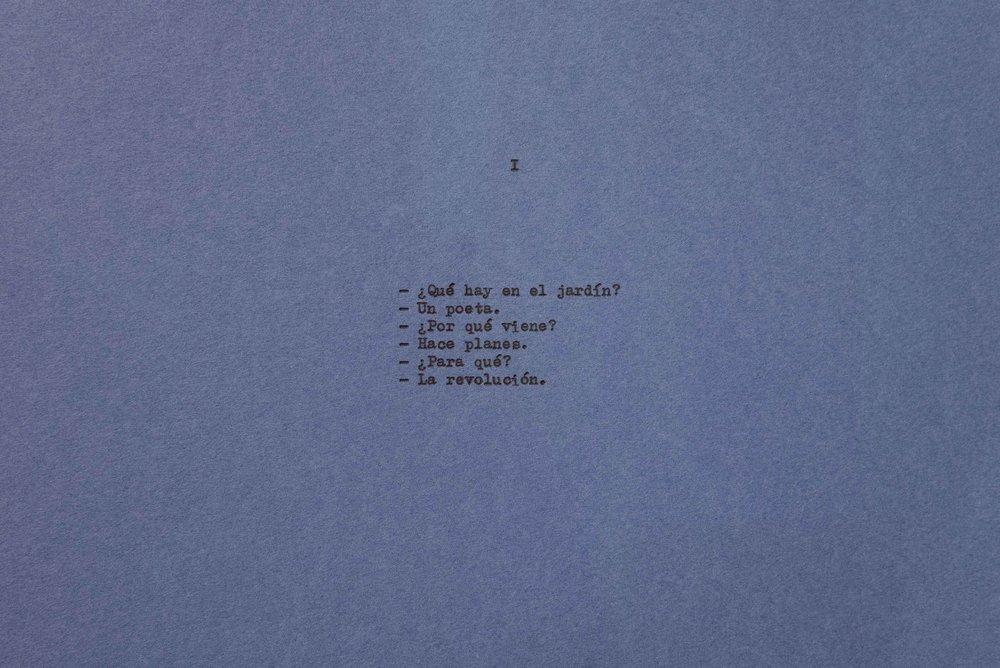 Diálogo sobre un poeta, una manzana y una retícula (Parte uno) I / Dialogue about a Poet, an Apple. and a Grid (Part one) I, 2018  Tinta sobre papel / Ink on paper  Políptico de 10 piezas de 37.5 cm x 27.5 cm / 10 piece polyptych, 37.5 cm x 27.5 cm each  Detalle / Detail      Fotografía: Agustín Arce