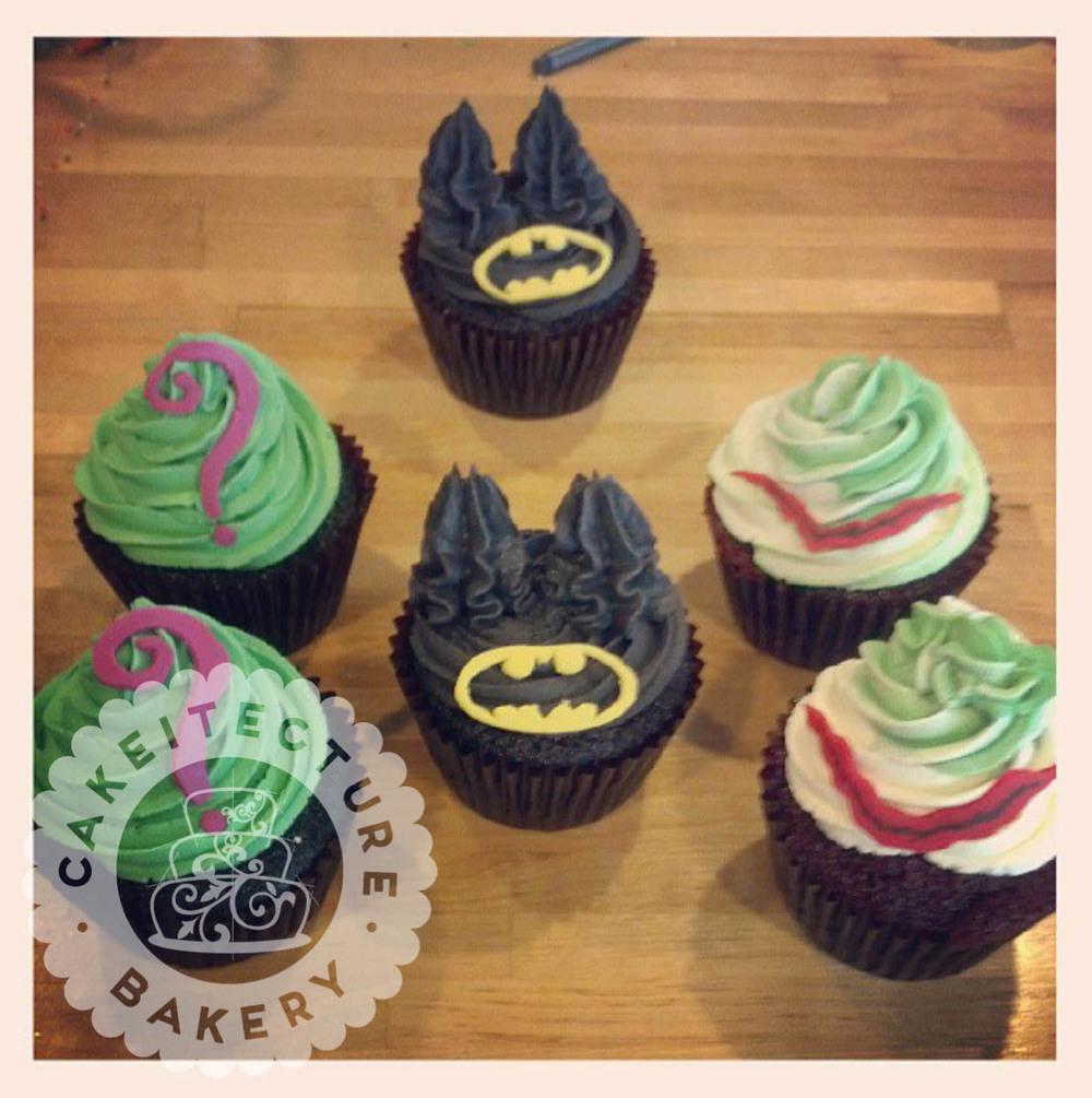 batman_cupcakes.jpg