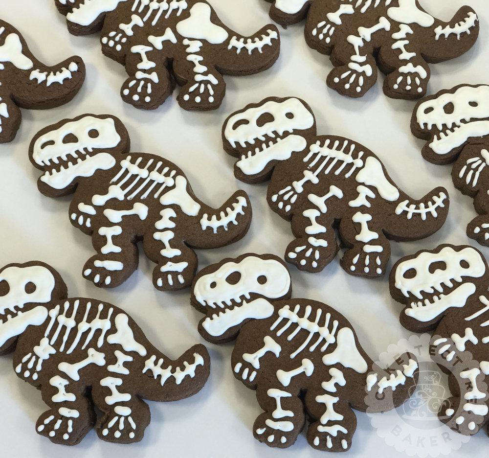Cakeitecture Bakery 1740 dinosaur cookies.jpg