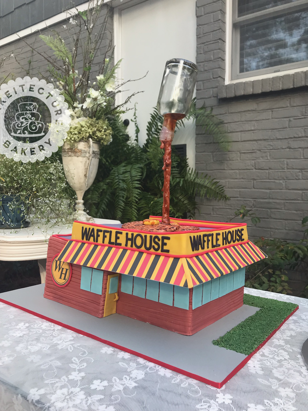 Cakeitecture Bakery Waffle House sculpted cake.png