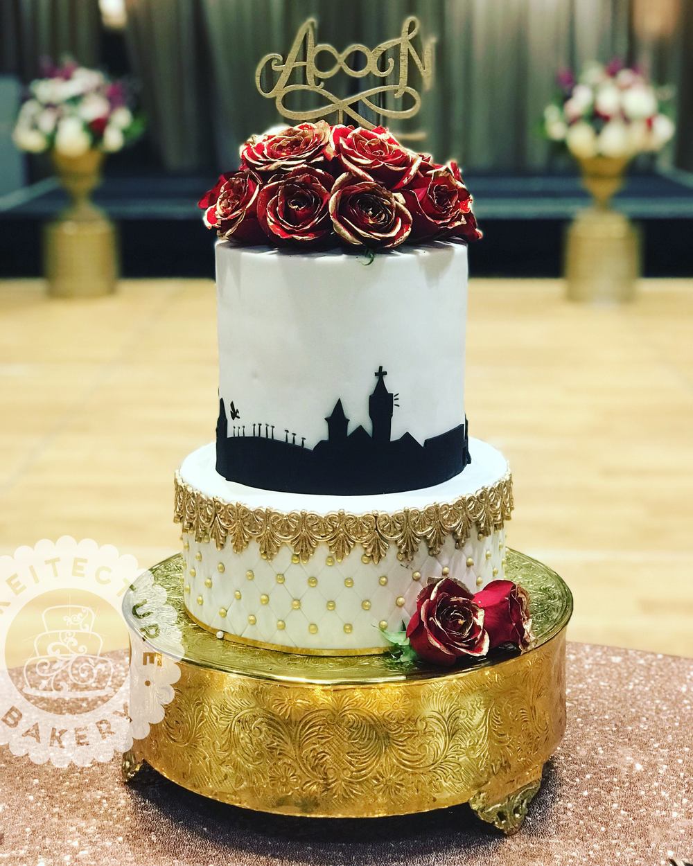Cakeitecture Bakery stacked skyline cake.png