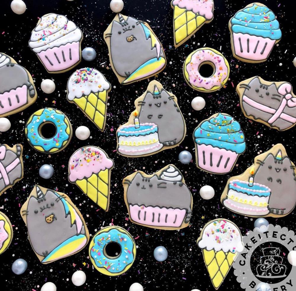 Cakeitecture Bakery fat cat custom cookies.png
