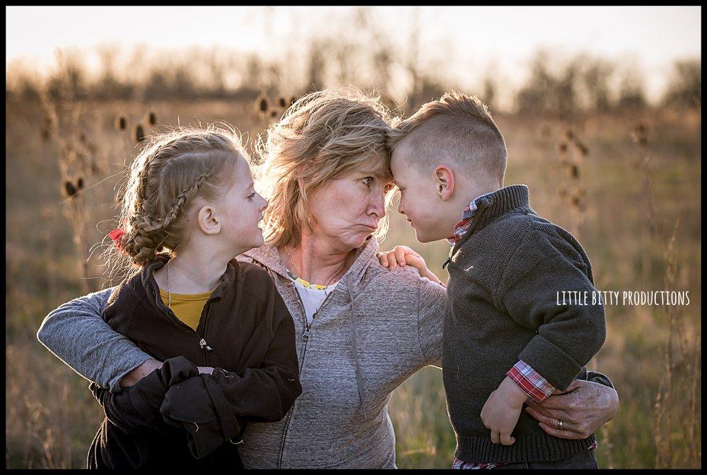 motherhoodphotographyoakpark_0317.jpg