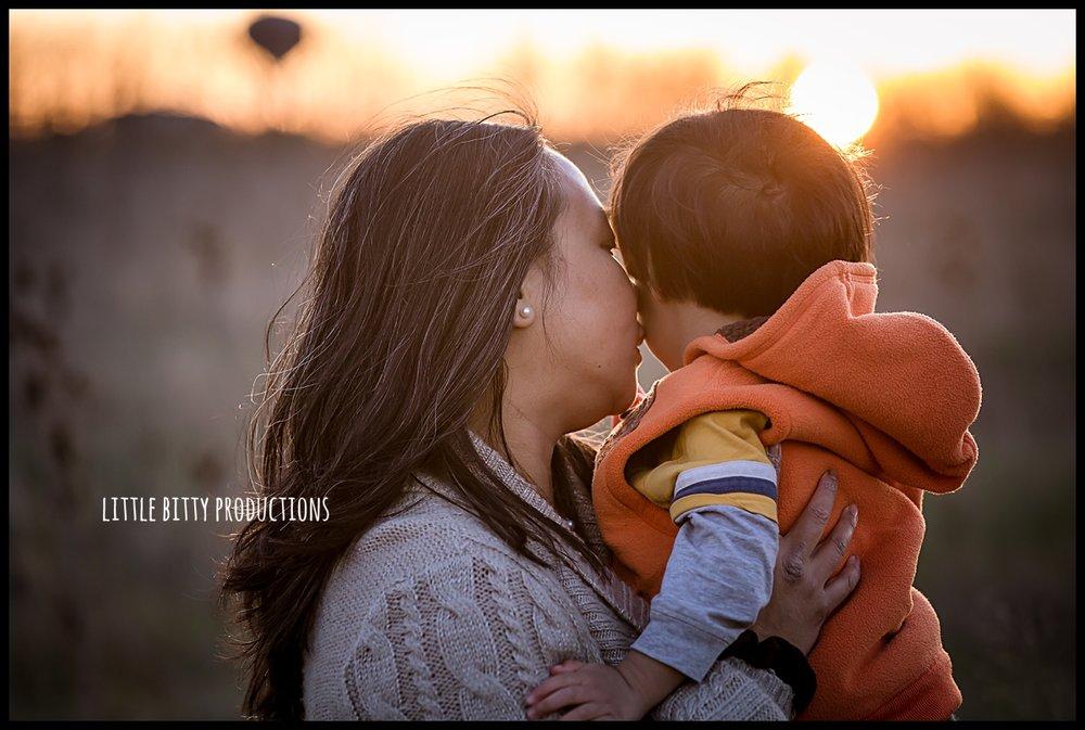 motherhoodphotographyoakpark_0301.jpg