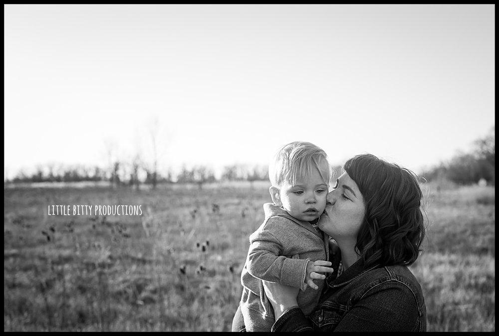 motherhoodphotographyoakpark_0319.jpg