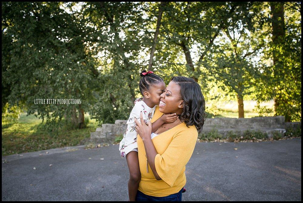 motherhoodphotosessions_0035.jpg