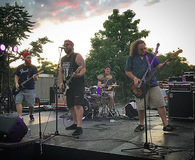 Giant thanks to everyone that came to #revivalfest it was amazing to play on the outside stage at sunset. @dusk_pvd @revivalbrewing @juliansrestaurant #rock #punk #emo #grunge #zeroholds